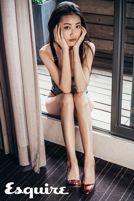 Jazz Girl連身泳裝_$8,800 by WET;Arezzo銹色高跟鞋_...
