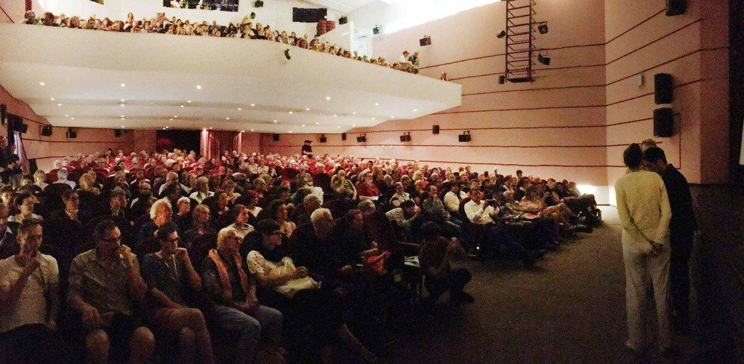 「血琥珀」瑞士盧卡諾影展首映,現場座無虛席。圖/海鵬提供