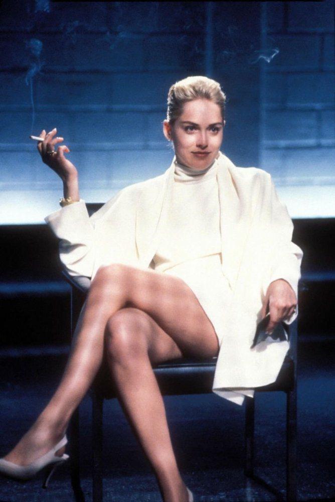 莎朗史東以「第六感追緝令」成為紅遍全球性感女神。圖/摘自imdb