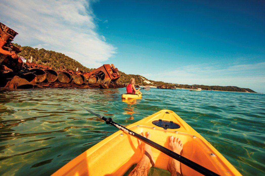 滑艇體驗也是摩頓島上熱門活動。圖/昆士蘭旅遊及活動推廣局提供