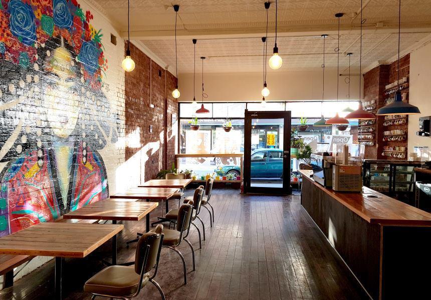 墨爾本的這間咖啡店推出18%「男人稅」,在社群媒體爆紅。圖擷自Handsome ...