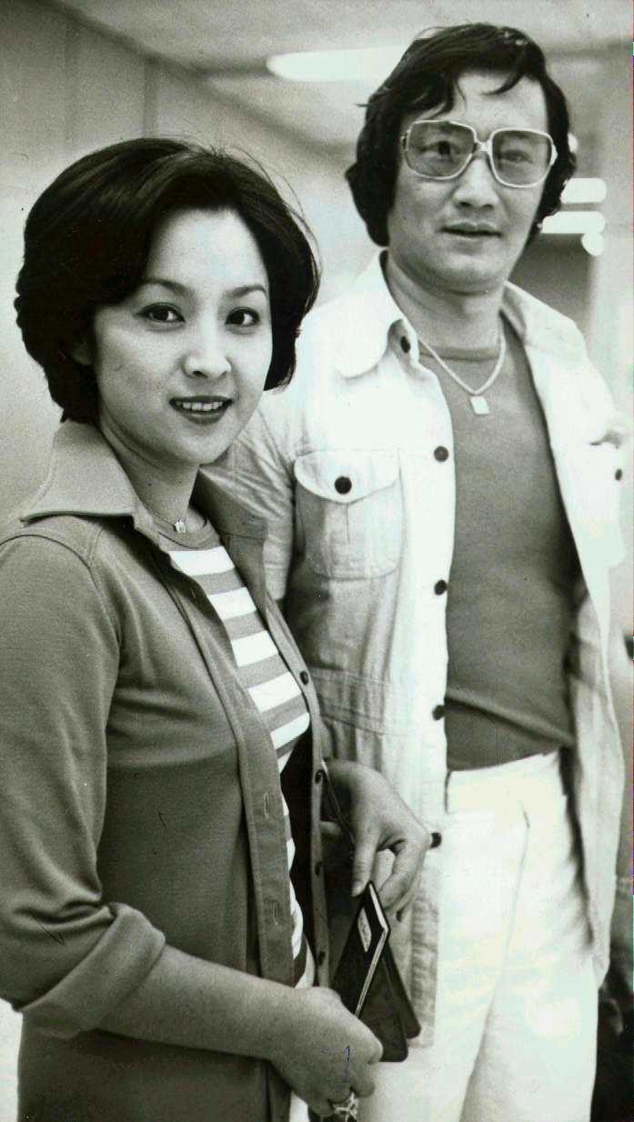 謝賢(右)、甄珍(左)。圖/聯合報系資料照