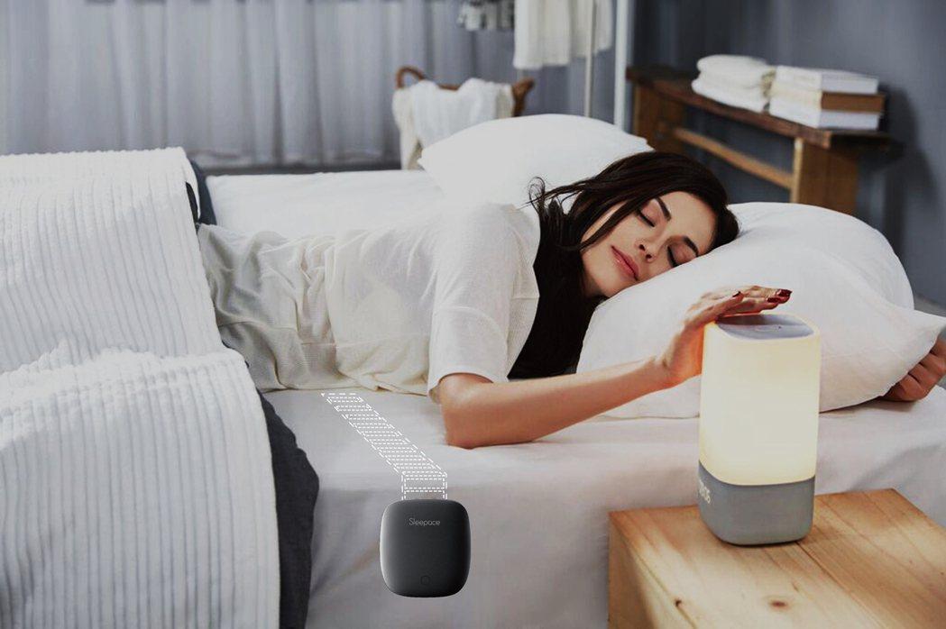 忙碌現代對於優質睡眠的需求與日俱增,各種助眠產品成為寢具業者的藍海市場。 圖/威...
