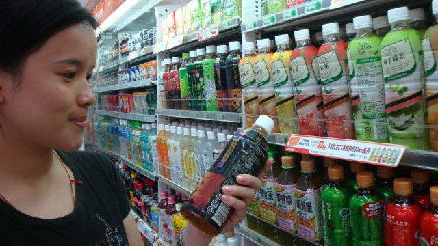 統一集團旗下推出許多飲品。 報系資料照