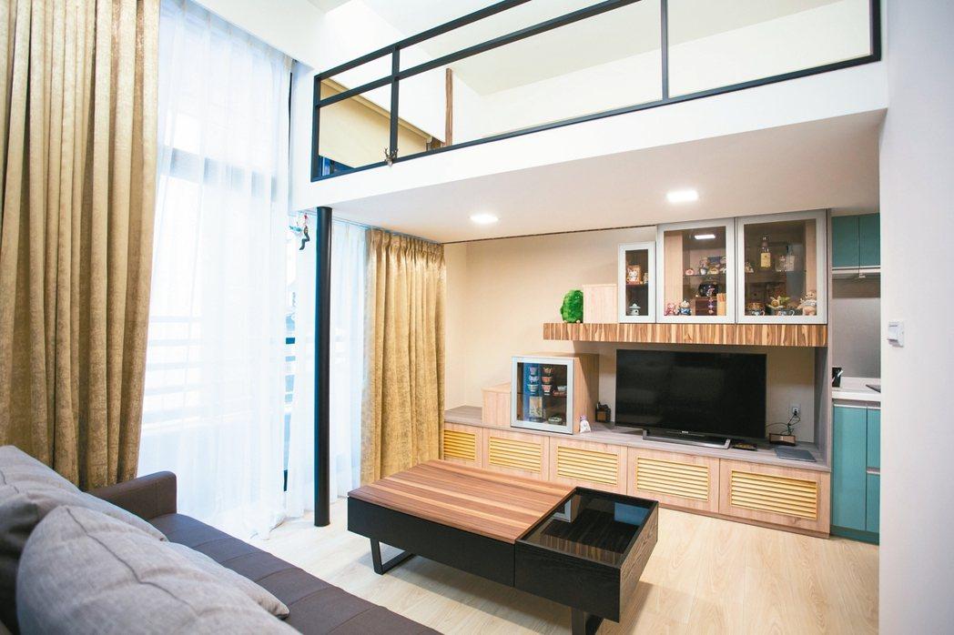 小坪數住家可利用向上延伸的方式,增加生活空間。 永慶房產/提供