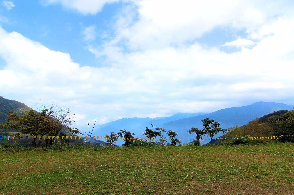 「莫那的家」屬白蘭部落露營區之一,散發出放鬆的悠閒氛圍。(圖片來源/莫那的家粉絲...