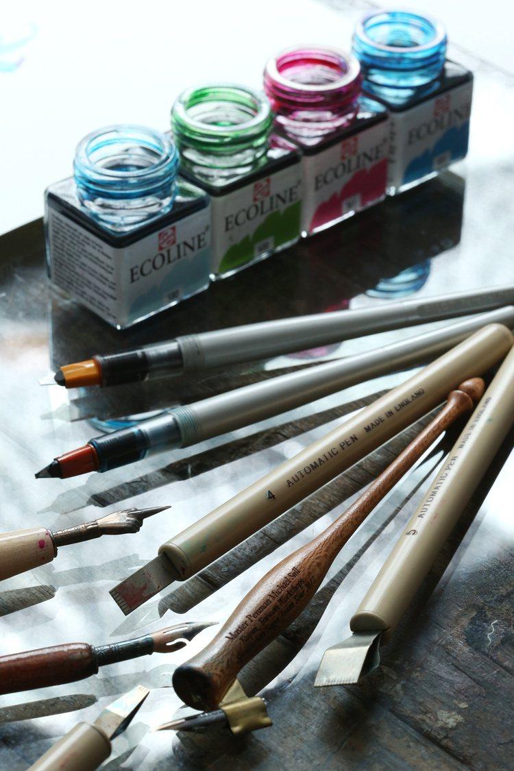 Daphne的寫字工具。陳立凱/攝影