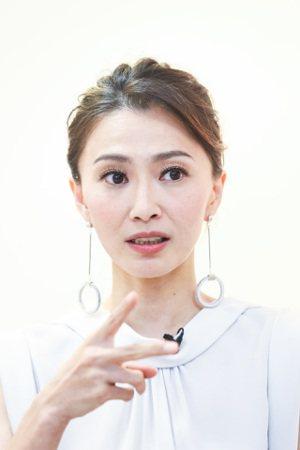 藝人侯怡君分享照顧父母經驗。記者鄭清元/攝影