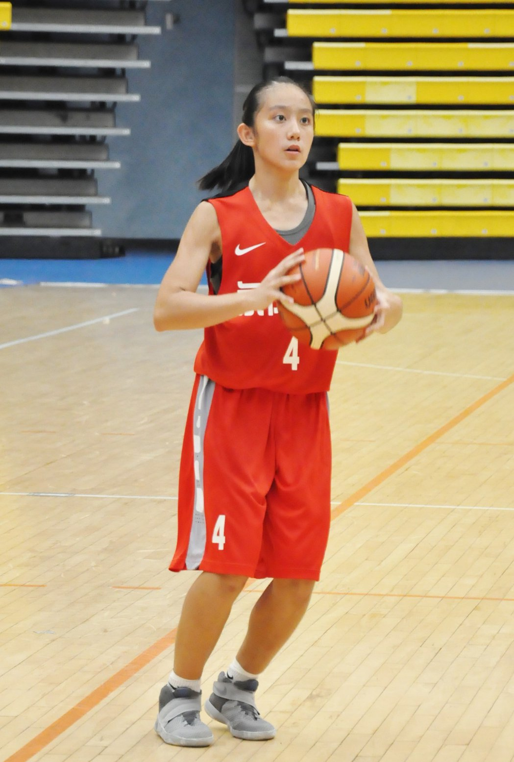 永仁高中菜鳥楊芷昀正規賽投進追平的壓哨三分球。 記者曾思儒/攝影