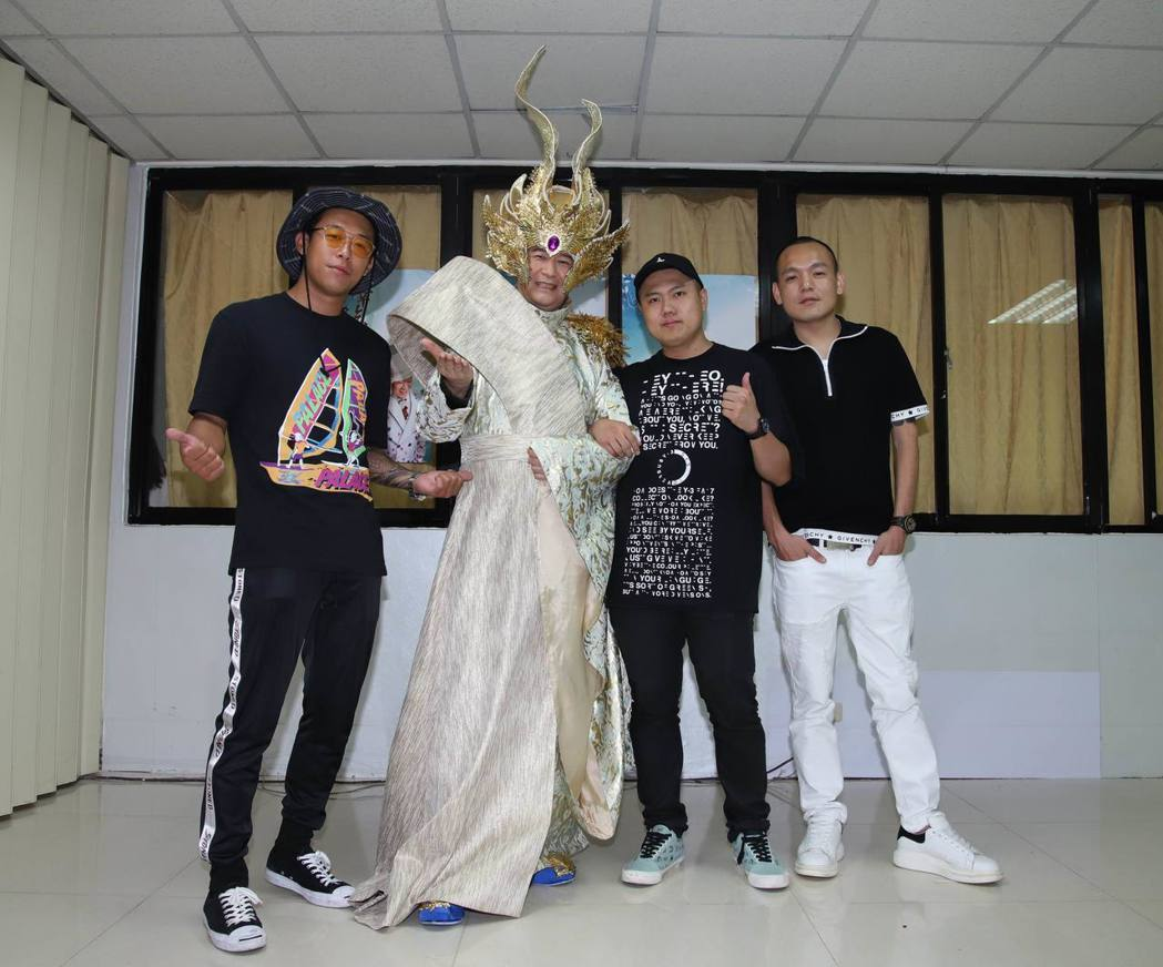 蔡小虎台中演唱會邀來玖壹壹站台。圖/翔彩儀提供