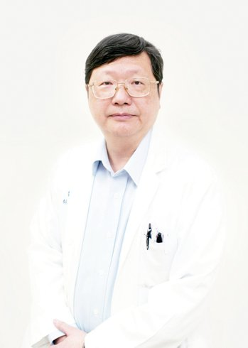 馬偕醫院婦產部主任胡玉銘
