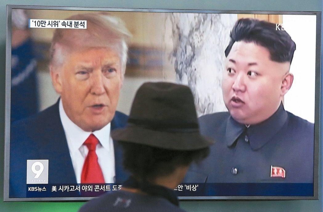 美國總統川普再對北韓嗆聲,表示對付北韓的軍事選項已全面就緒。 (美聯社)