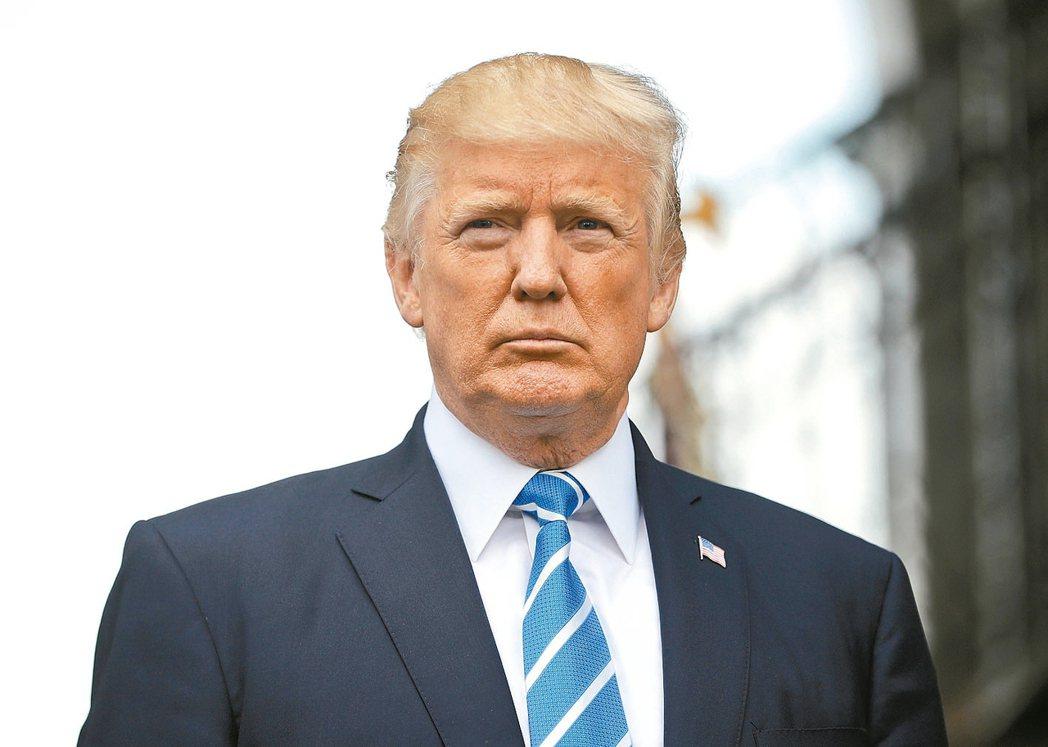 美官員表示,總統川普將於14日要求貿易代表針對中國違反智慧財產權的行為,展開貿易...
