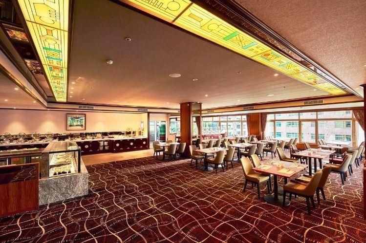 台北福華飯店Buffet改名為花園大道。圖/台北福華飯店提供