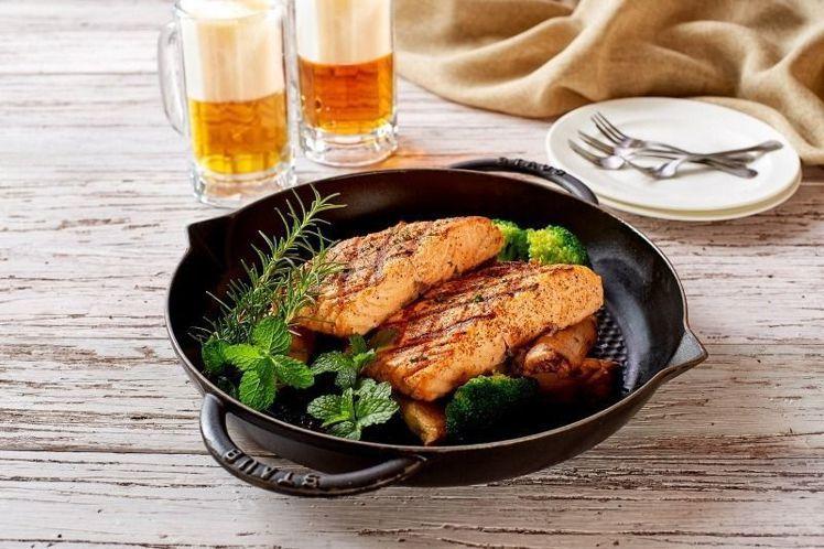 料理也改以美式風格為主。圖/台北福華飯店提供
