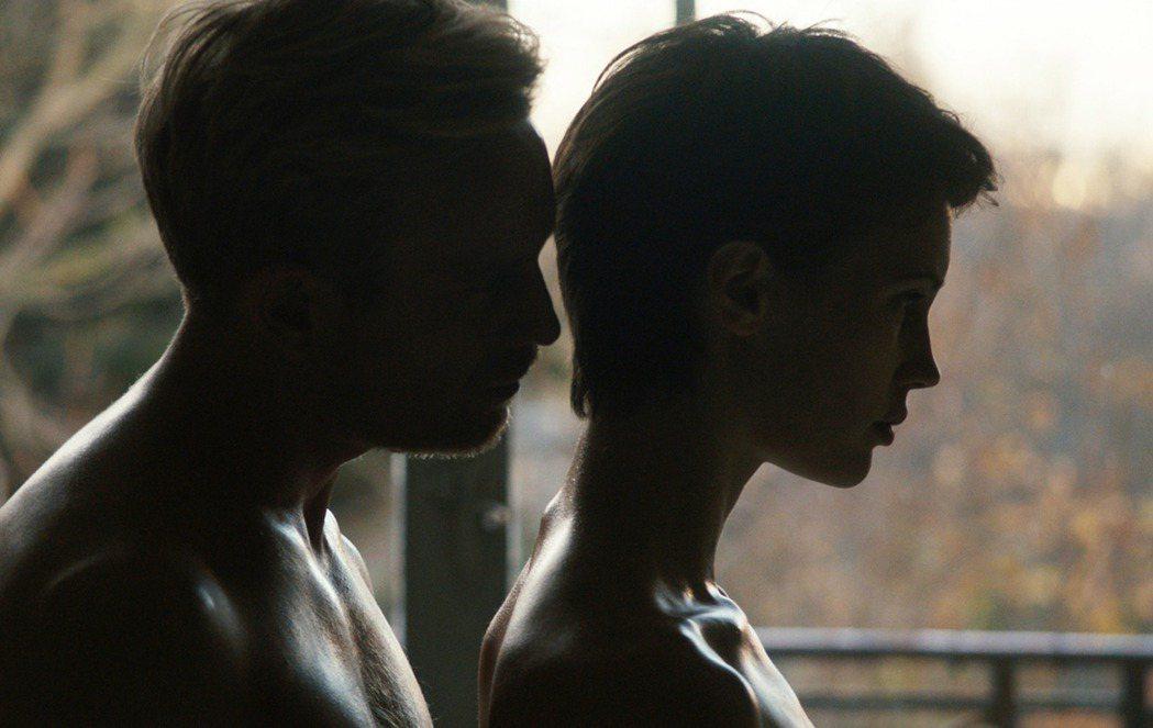 新片「雙面愛人」將在台灣一刀不剪上映。圖/傳影互動提供