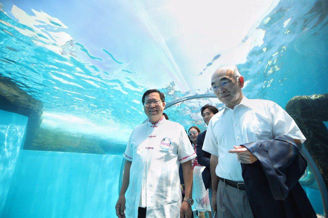 桃園市長鄭文燦(左)率市府團隊到日本橫濱參訪。圖/市政府提供