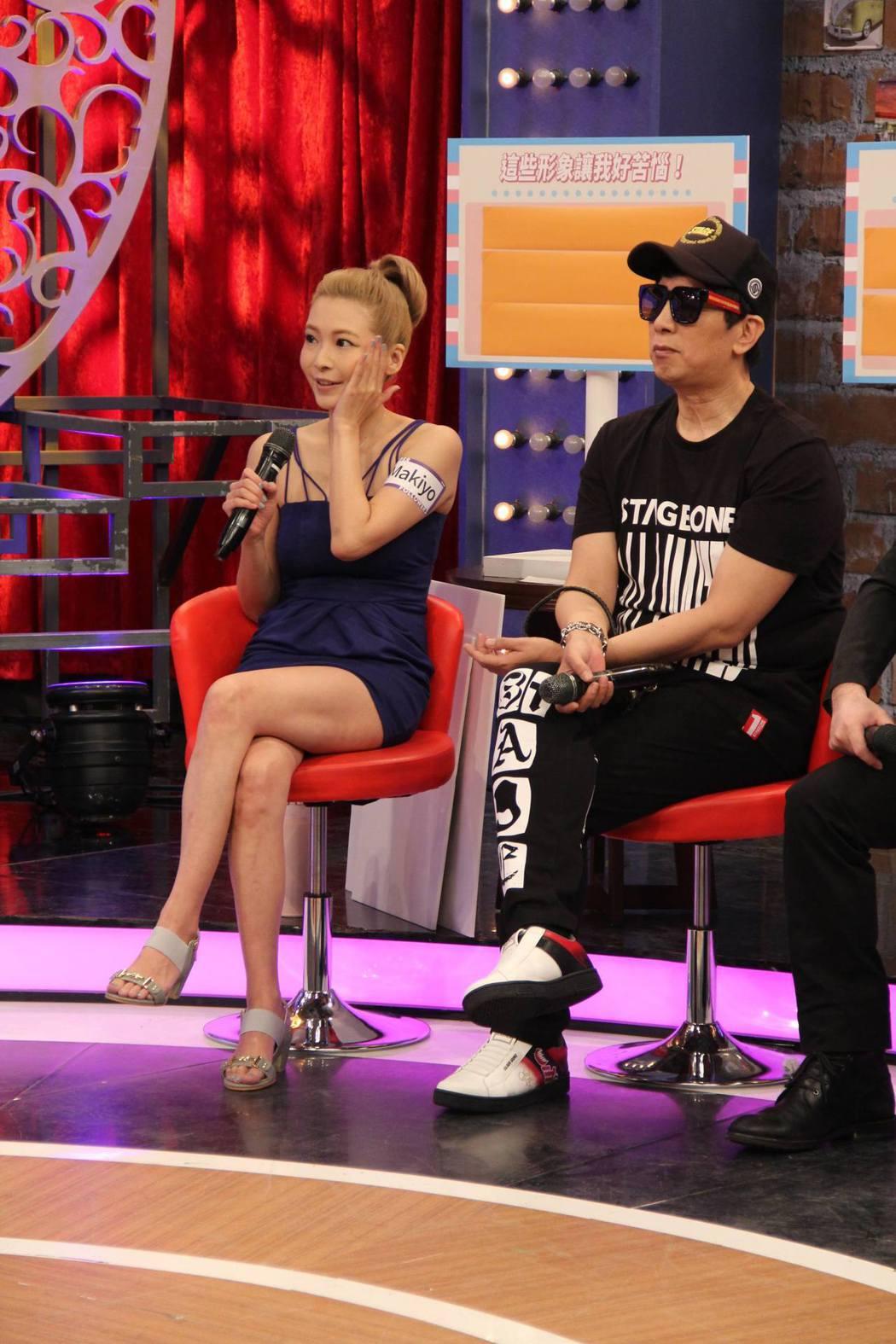 Makiyo(左)和曹西平在中天「小明星大跟班」同台錄影。圖/中天提供