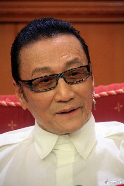 謝賢公開否認討厭王菲,認為謝霆鋒現在很開朗一定是王菲的功勞。圖/摘自微博