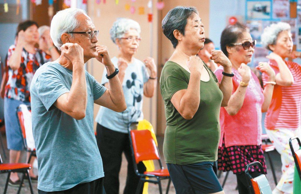 找回自信心…  台南市基督教青年會是全台ABC模式收案量最高的團隊,串連台南市家...