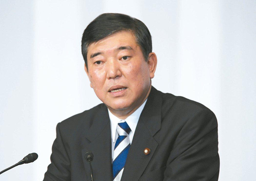 石破茂 拒絕入閣邀請,要當執政黨內的在野黨