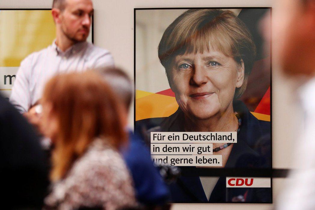 德國基民黨競選海報以總理梅克爾為主角。 路透