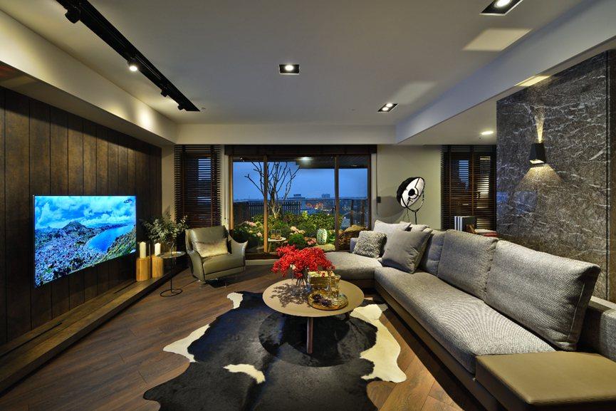 家就是一幅畫,現場親臨,植見築-比畫更美。 圖片提供/居富開發
