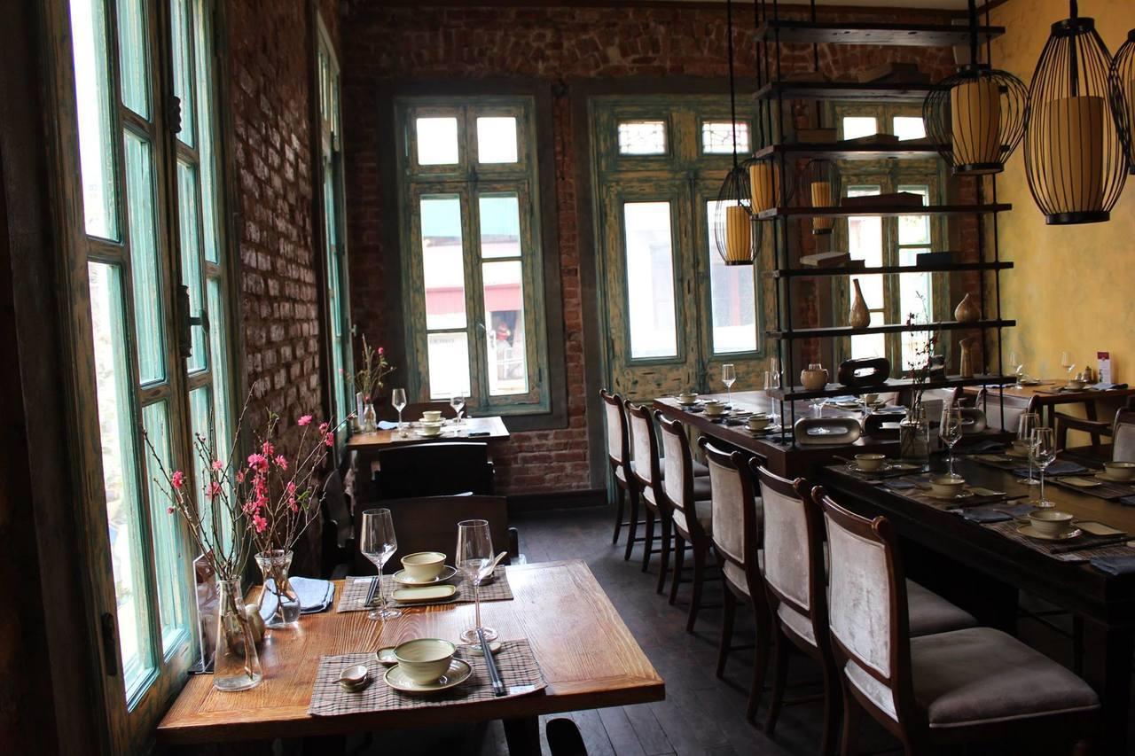 擔任領隊可以吃遍各地高檔餐廳或是特色小吃。記者張雅婷/攝影