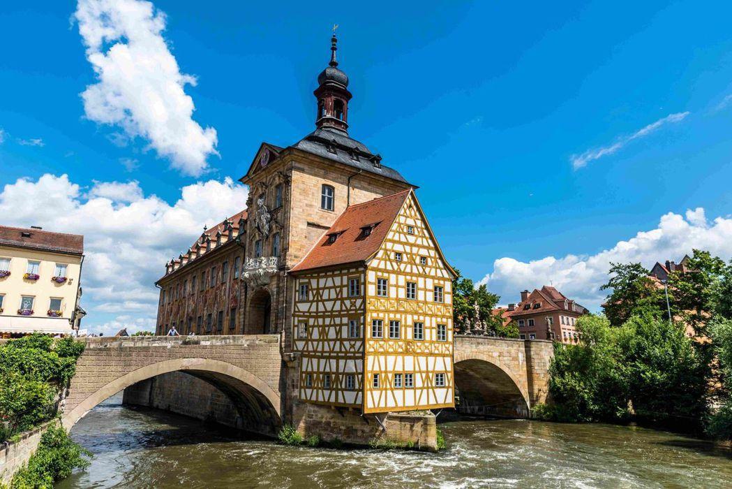 德國班堡每平方公里的酒廠密度堪稱世界第一,是相當迷戀啤酒的一個城市。圖/Book...