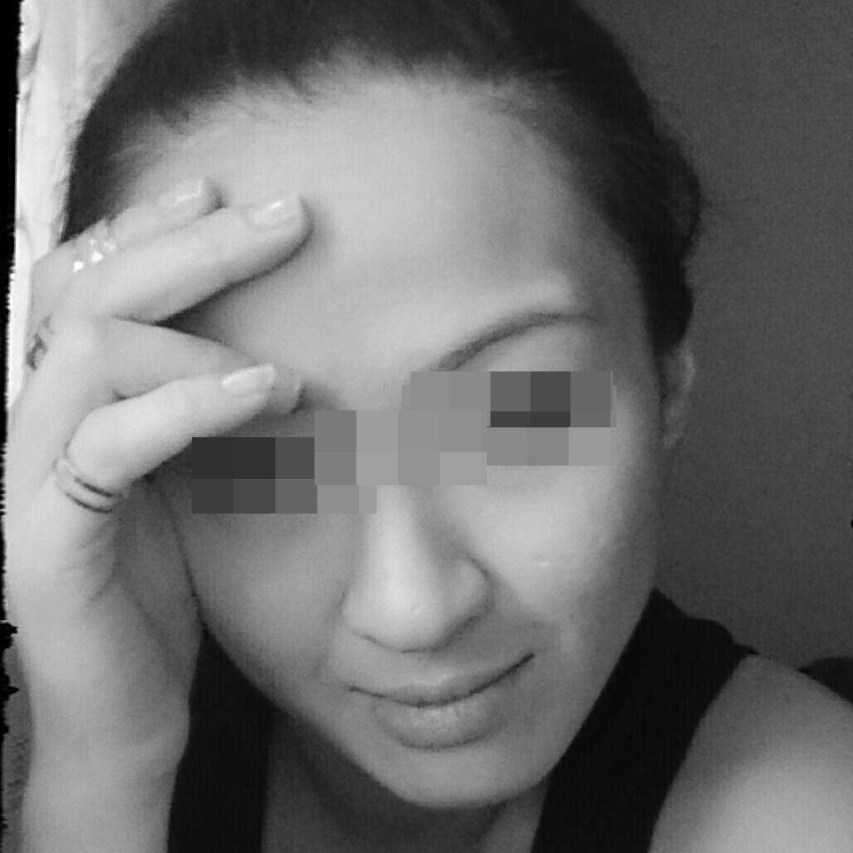 嚴女自拍的美照。記者林伯驊/翻攝