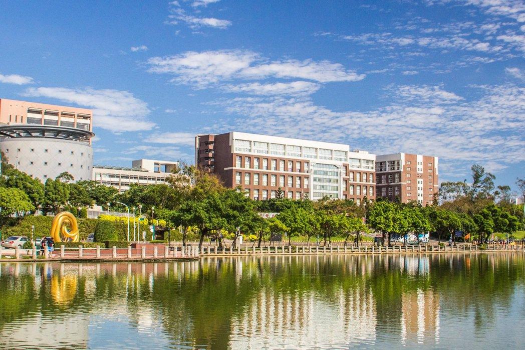長庚大學辦學成果豐碩,連年名列各類世界排名。 長庚大學提供