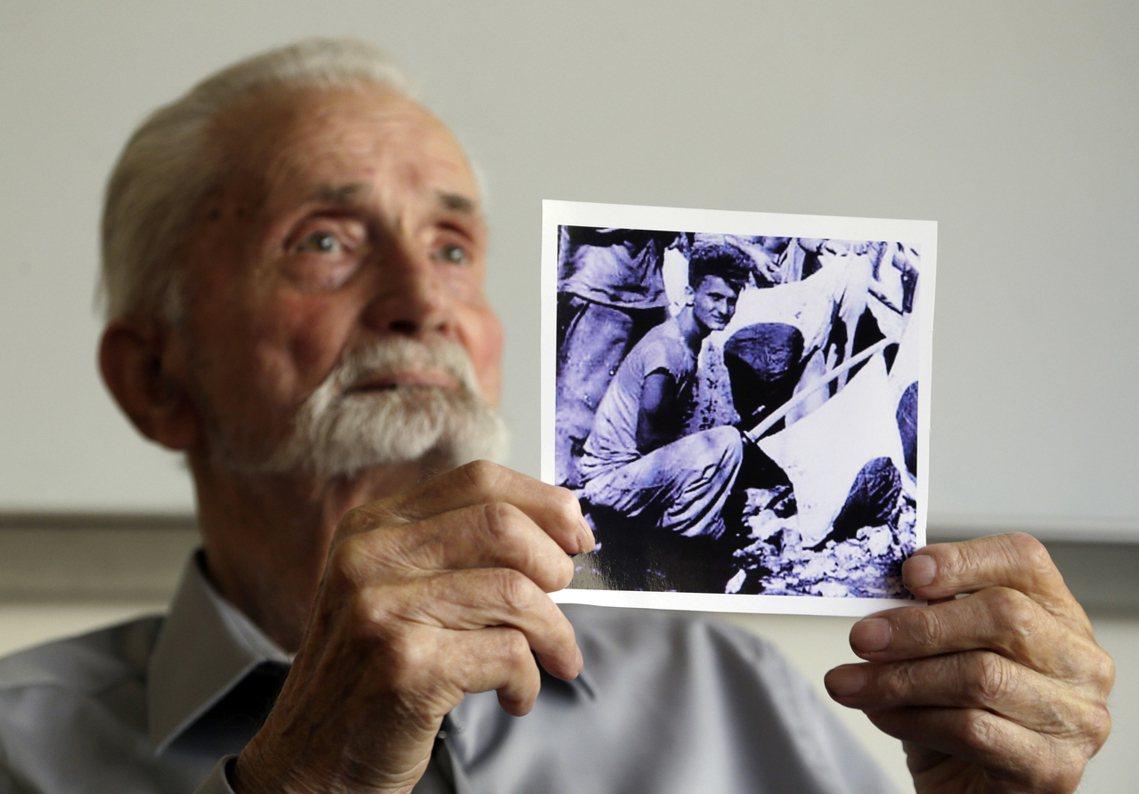 93歲的二戰老兵,馬文.斯特倫博。來自美國蒙大拿州的他,今年已經93歲。二次大戰...