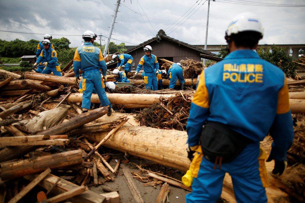法令的與時俱進,也讓日本強化了指揮系統,健全防災與救災體制,並以更嚴苛的法令保障...