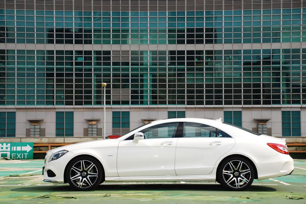 Mercedes-Benz CLS400 AMG Final Edition。記者林昱丞/攝影