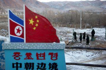中國在7月28日北韓第二次試射洲際飛彈後,迅速與美國配合通過聯合國對北韓的經濟制裁。中國的周邊對外關係出現峰迴路轉的變化。 圖/美聯社