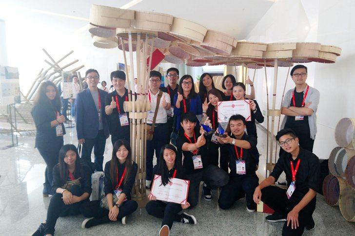 室內設計系作品《紫蝶悠谷》獲頒銀獎。 中國科大/提供