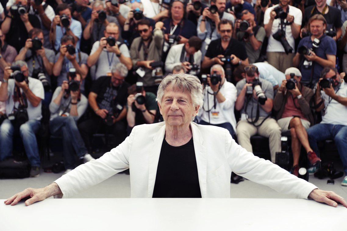 儘管性侵醜聞纏身,但波蘭斯基仍受歐美影壇推崇。圖為今年坎城影展中,高調蒞臨的波蘭...
