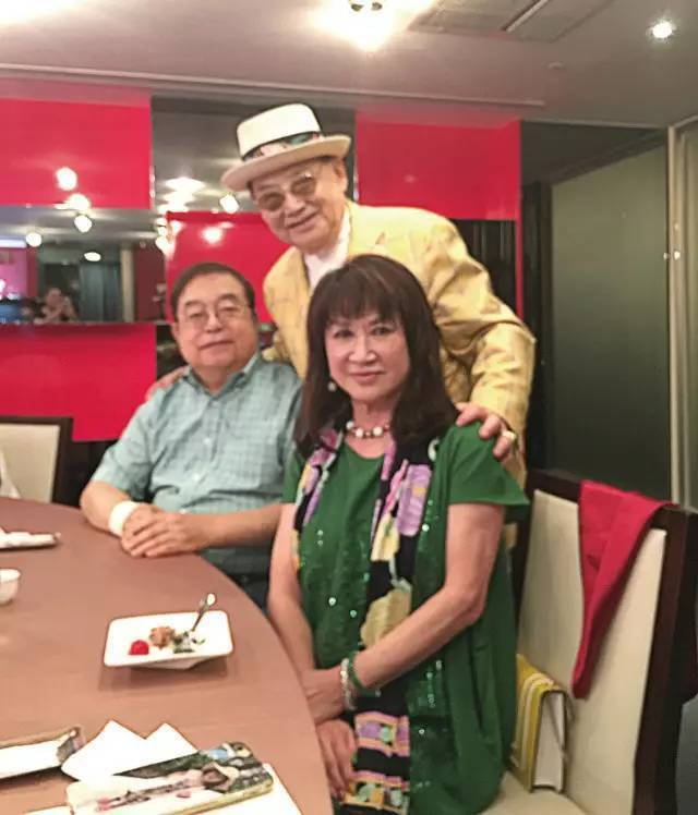 90後張宗憲先生與蔡辰男夫婦餐敘合影