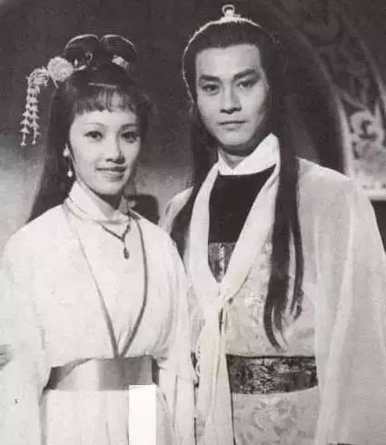 韓馬利在「楚留香」和鄭少秋合作。圖/摘自ifuun