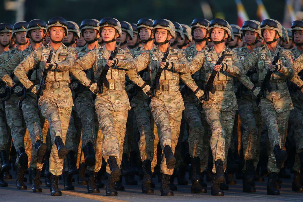 中國大陸九三閱兵受閱部隊操演。 新華社資料照