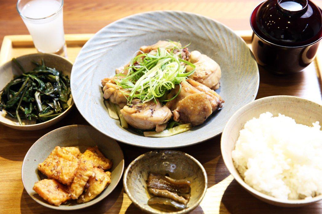 三星蔥燒雞套餐看起來相當美味。記者徐兆玄/攝影