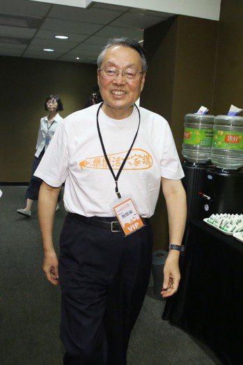 如何擁有自在幸福的老年生活?台灣品牌之父、宏碁集團創辦人施振榮的回答是,「少慾望...
