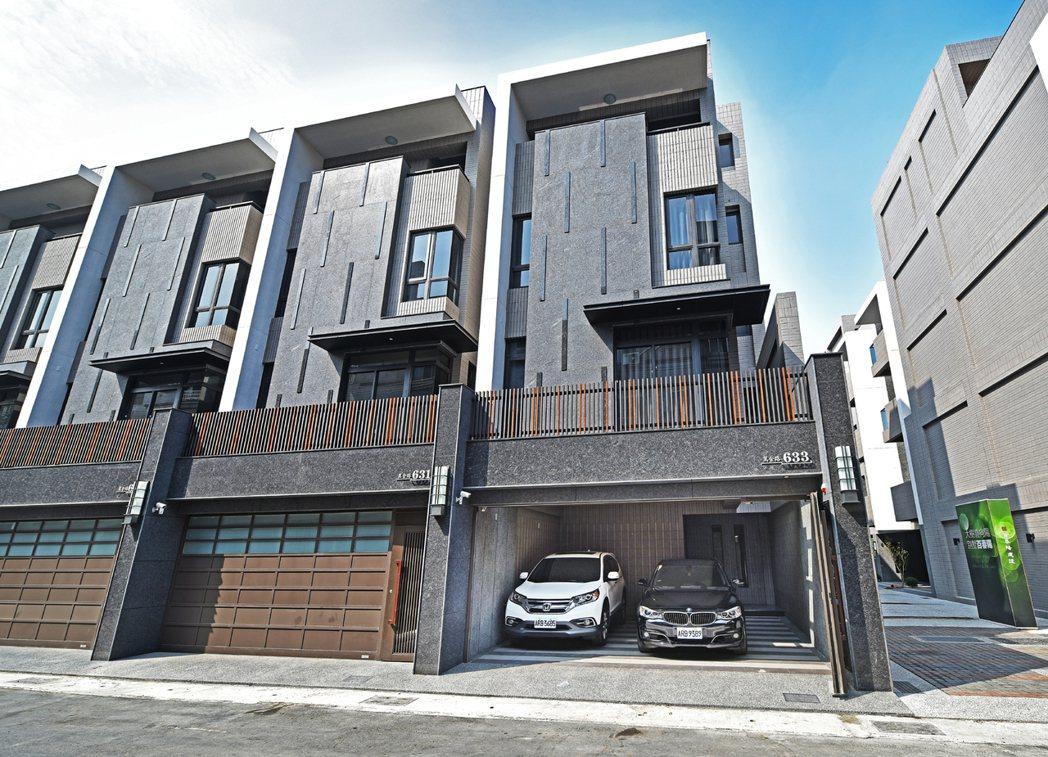 【樹向陽】以崗石建材擘劃外觀,揉合日式美學提升建築質感。 圖片提供/百春陽建設