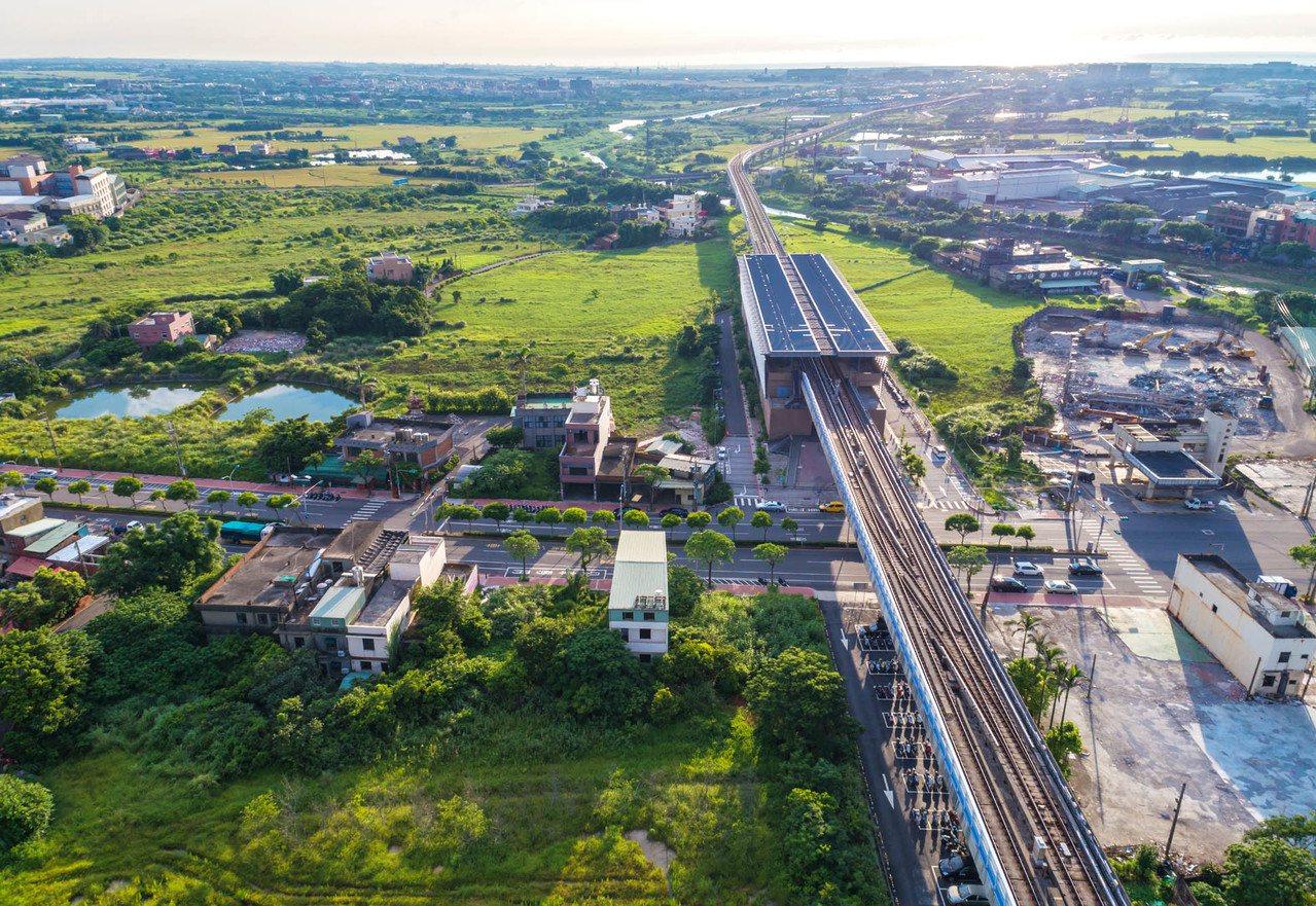 桃園機捷A10站(圖中)區段徵收工程動工,都計佔地39公頃,斥資約9.2億元施工...