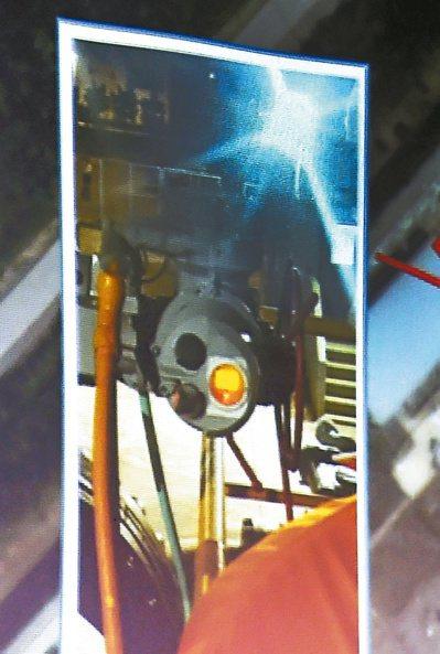 中油指儀表設備商巨路公司在更換兩顆控制系統電源供應器時「操作錯誤」,導致電動閥自...