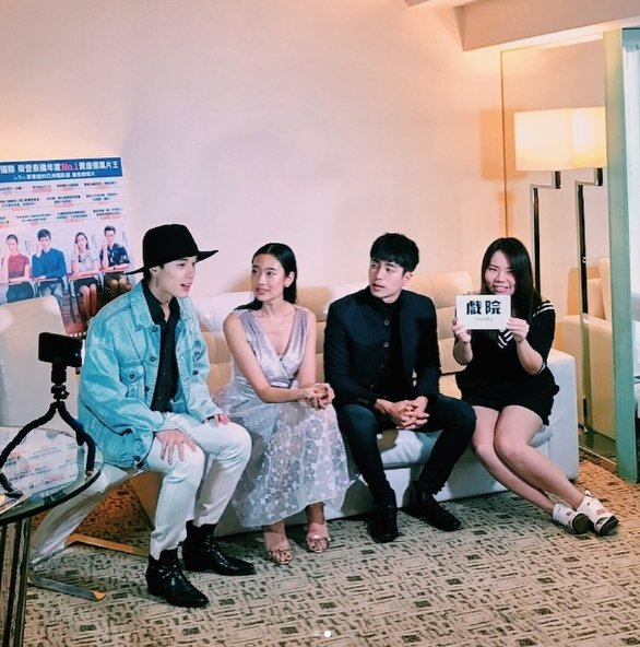 提拉東蘇帕龐皮尤(左起)、茱蒂蒙瓊查容蘇因及查農桑提納同庫接受香港媒體採訪。圖/...