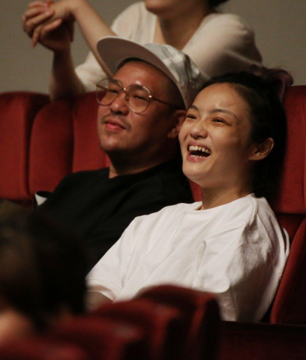 盧廣仲個人演唱會,徐佳瑩(右)與比爾賈(左)愛相隨到場欣賞。記者陳立凱/攝影