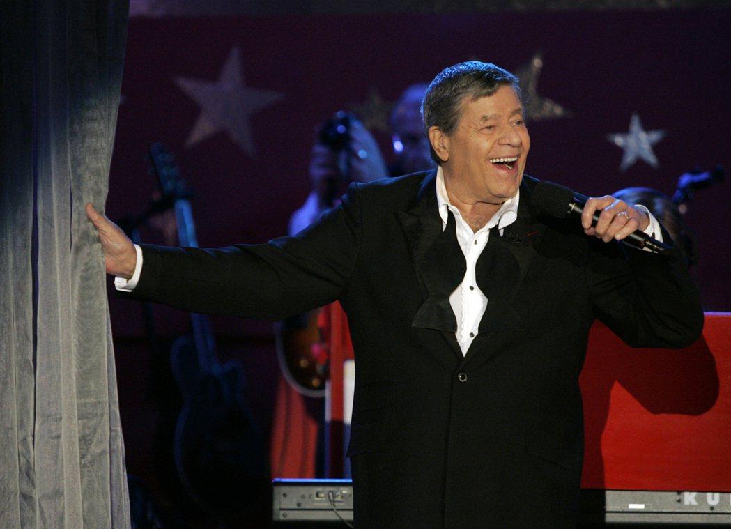 美國老牌喜劇演員傑瑞路易(Jerry Lewis)在拉斯維加斯家中自然辭世。 圖