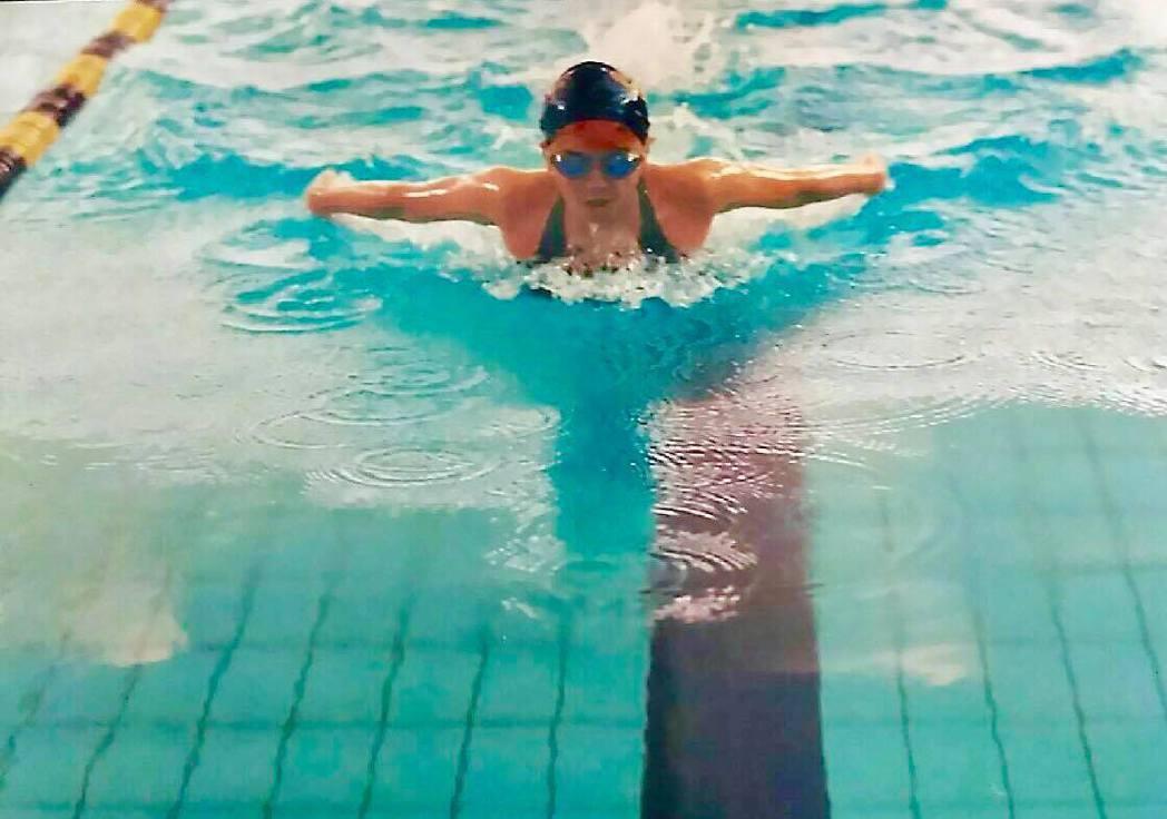 小小瑜以前參加中正盃游泳比賽的英姿。 圖/擷自小小瑜臉書