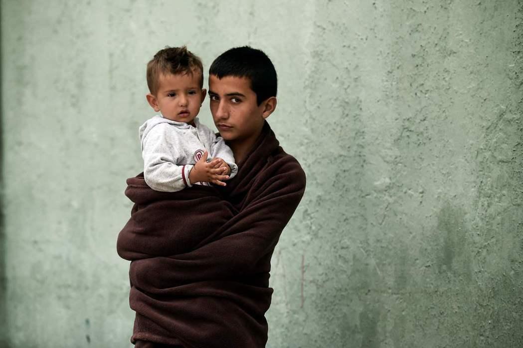 2000年至2016年間,來到瑞典的獨身未成年難民有51%來自阿富汗,這樣隻身逃...